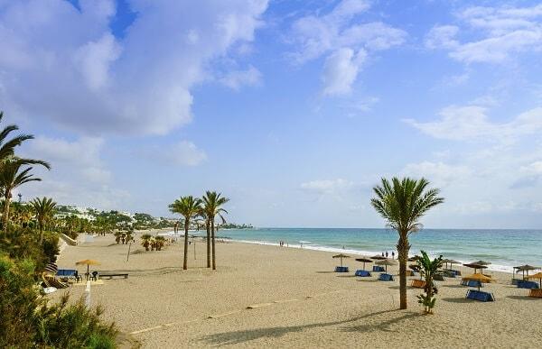 huis kopen vera playa almeria